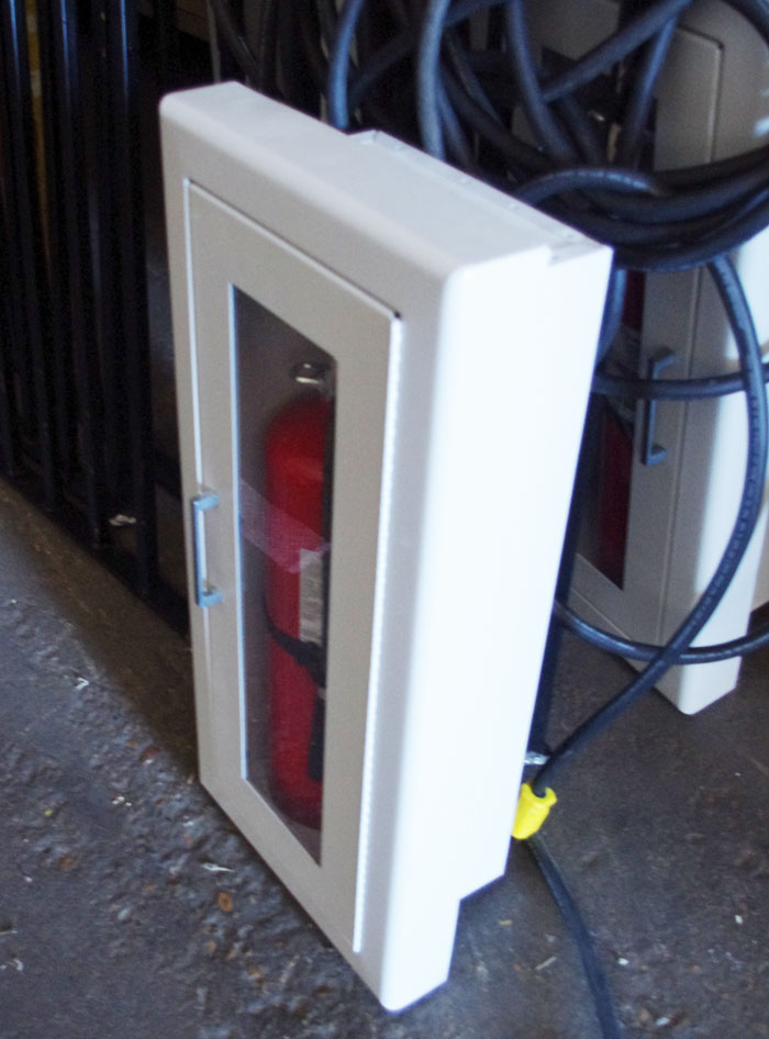 Larsen Recessed Fire Extinguisher Cabinet Extinguisher Ebay